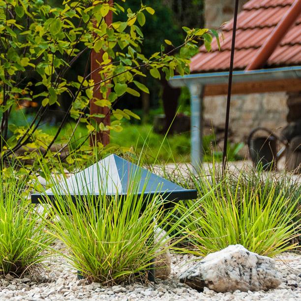Outdoor Audio Für Die Beschallung Im Landhaus Garten Auf Der