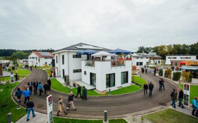 """Fertighauswelt Günzburg – Modernste Ausstellung der Hausbaubranche mit """"Kuchem – Konferenz Technik"""" und """"mediacraft"""""""
